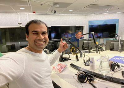 Ashis Mathura bij Radio 1 en Prem Radhakishun